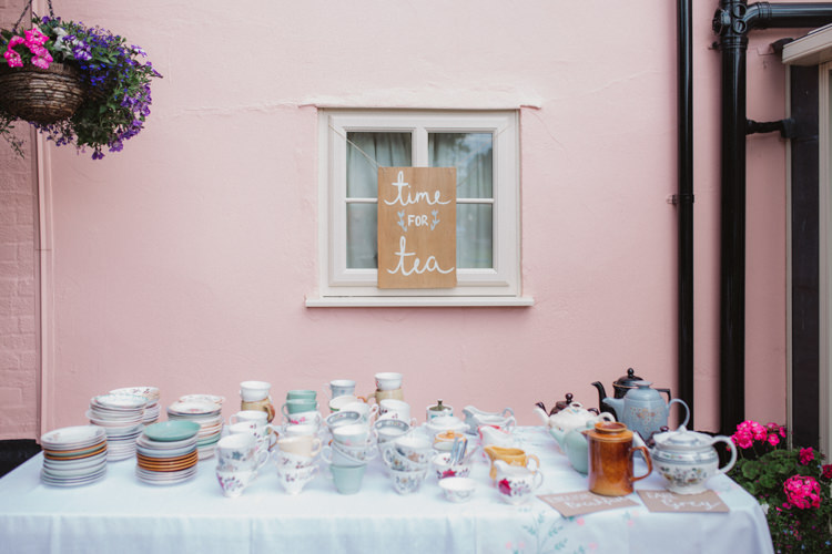 Tea Station Bar Stand Natural Country Garden Hand Crafted Wedding https://emilytylerphotography.com/
