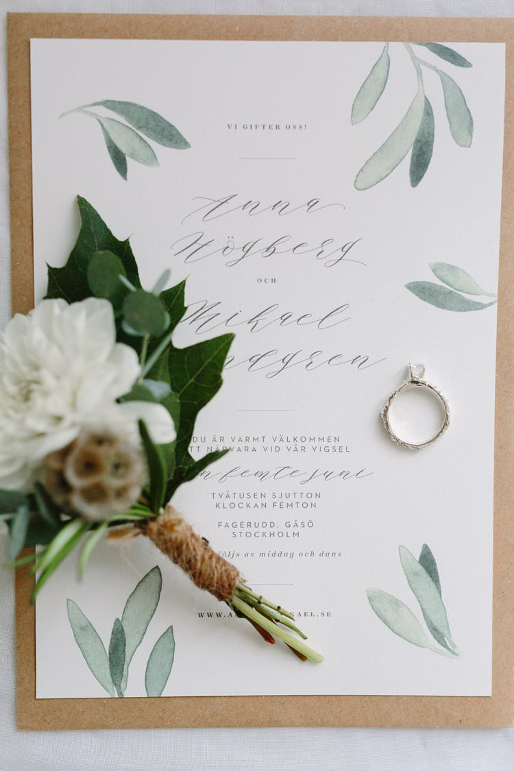 Stationery Invitations Invites Botanical Bohemian Luxe Greenery White Wedding Ideas Sweden http://www.lindapauline.se/