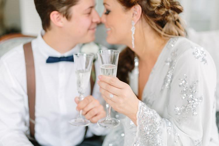 Bride Groom Sparkly Robe Champagne Kiss Earrings   Bohemian Luxe Greenery White Wedding Ideas Sweden http://www.lindapauline.se/