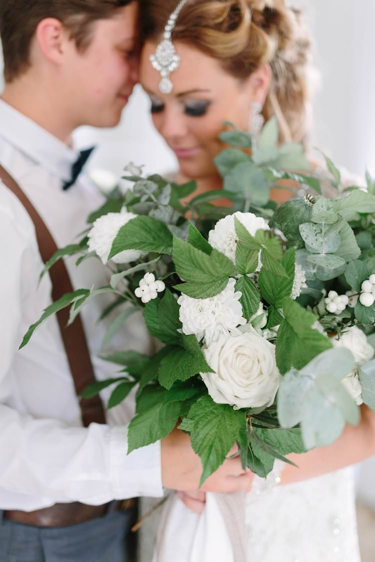 Large Bouquet Flowers Bride Bridal Foliage Bohemian Luxe Greenery White Wedding Ideas Sweden http://www.lindapauline.se/