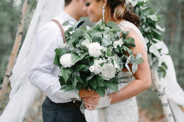 Bride Groom Forest Wilderness Outdoor Boho Nature Tipi Bouquet   Bohemian Luxe Greenery White Wedding Ideas Sweden http://www.lindapauline.se/