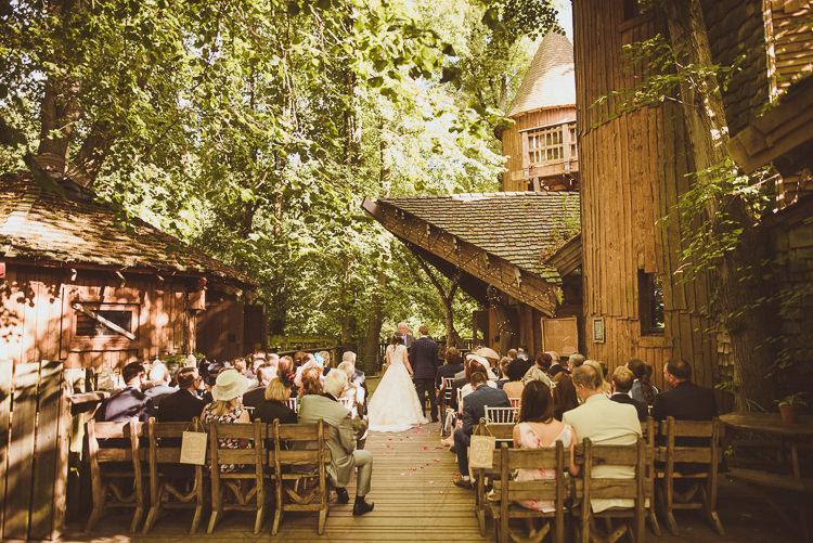 Rustic Relaxed Woodsy Alnwick Treehouse Northumberland Wedding http://www.mattpenberthy.com/
