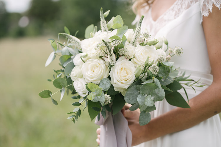 White Rose Cream Flowers Floral Greenery Eucalyptus Foliage Bride Bridal Bouquet Relaxed Bohemian Summer Meadow Wedding https://karibellamy.com/