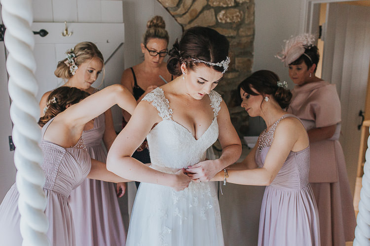Bride Bridal Prep Bridesmaids Non-Traditional Country Party Barn Wedding Yorkshire http://www.lauracalderwood.co.uk/