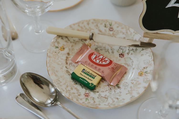 Kit Kat Favours Alternative Vintage 1950s Knighton House Wedding Dorset http://www.paulunderhill.com/