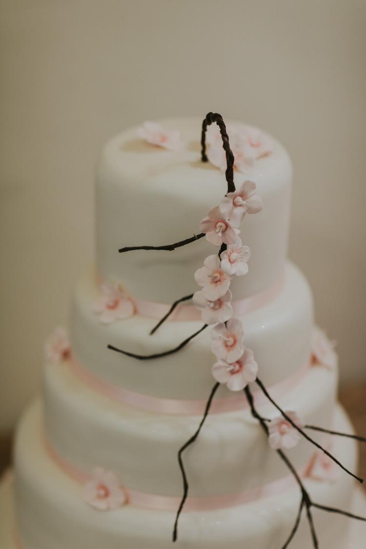 Cherry Blossom Cake Alternative Vintage 1950s Knighton House Wedding Dorset http://www.paulunderhill.com/