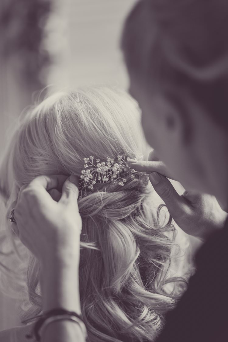 Hair Bride Bridal Style Do Waves Accessory Comb Greenery White Contemporary Wedding Styal Lodge Cheshire http://hayleybaxterphotography.com/