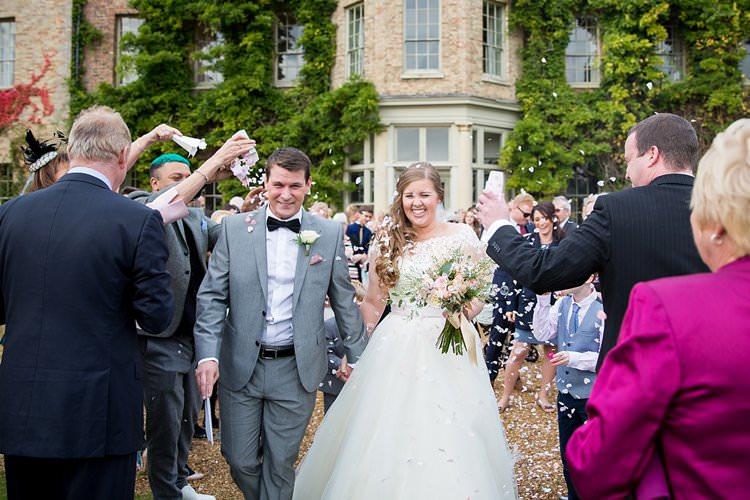 Confetti Throw Rustic Autumn Blush Pink Gold Wedding Narborough Hall Gardens Norfolk http://katherineashdown.co.uk/