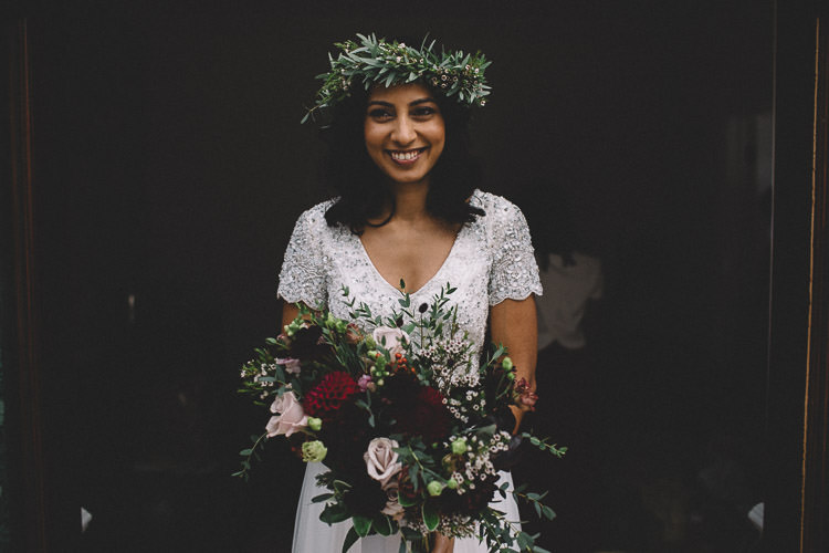 Bride Bridal Flower Crown Bouquet Red Pink Greenery Autumn Woodland Wedding Woodlands Lodge New Forest http://carrielaversphotography.co.uk/