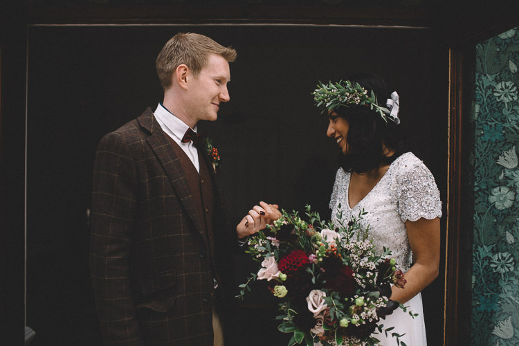 Autumn Woodland Wedding Woodlands Lodge New Forest http://carrielaversphotography.co.uk/