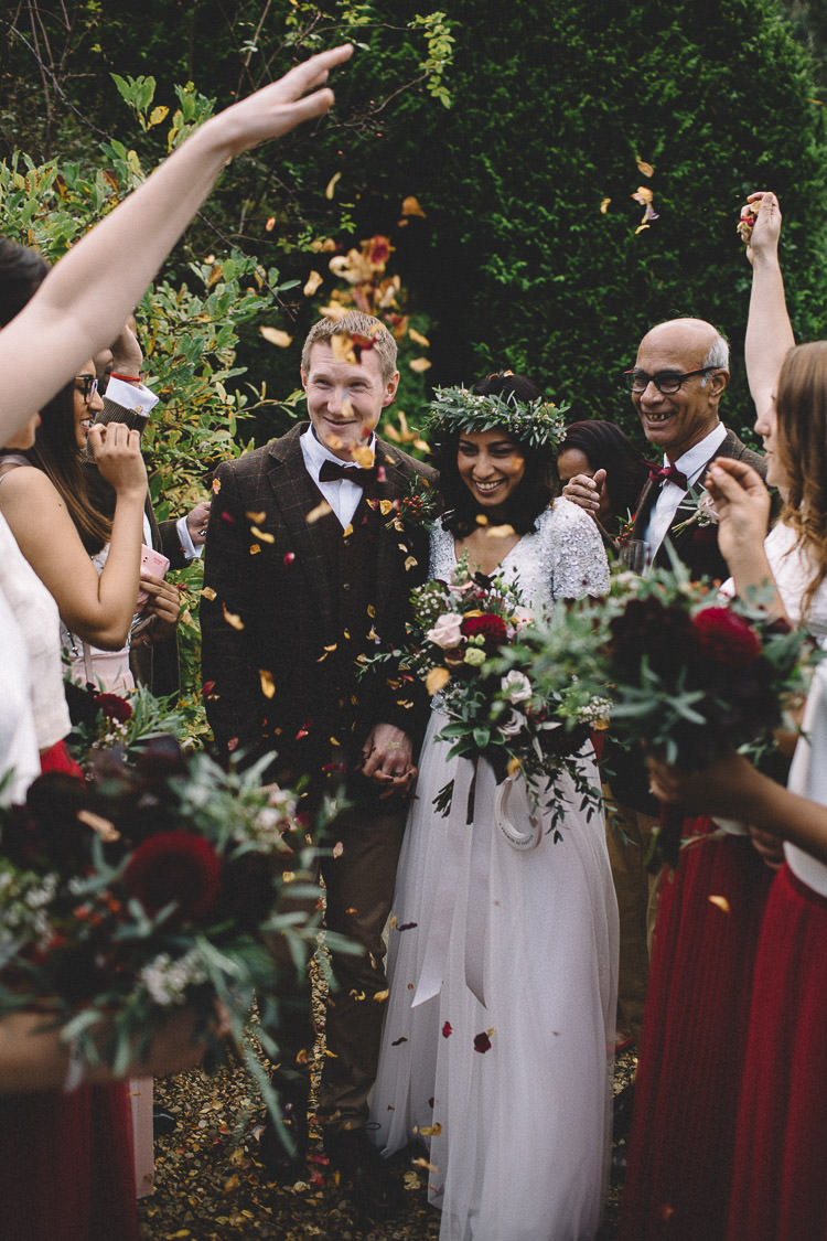 Confetti Throw Autumn Woodland Wedding Woodlands Lodge New Forest http://carrielaversphotography.co.uk/