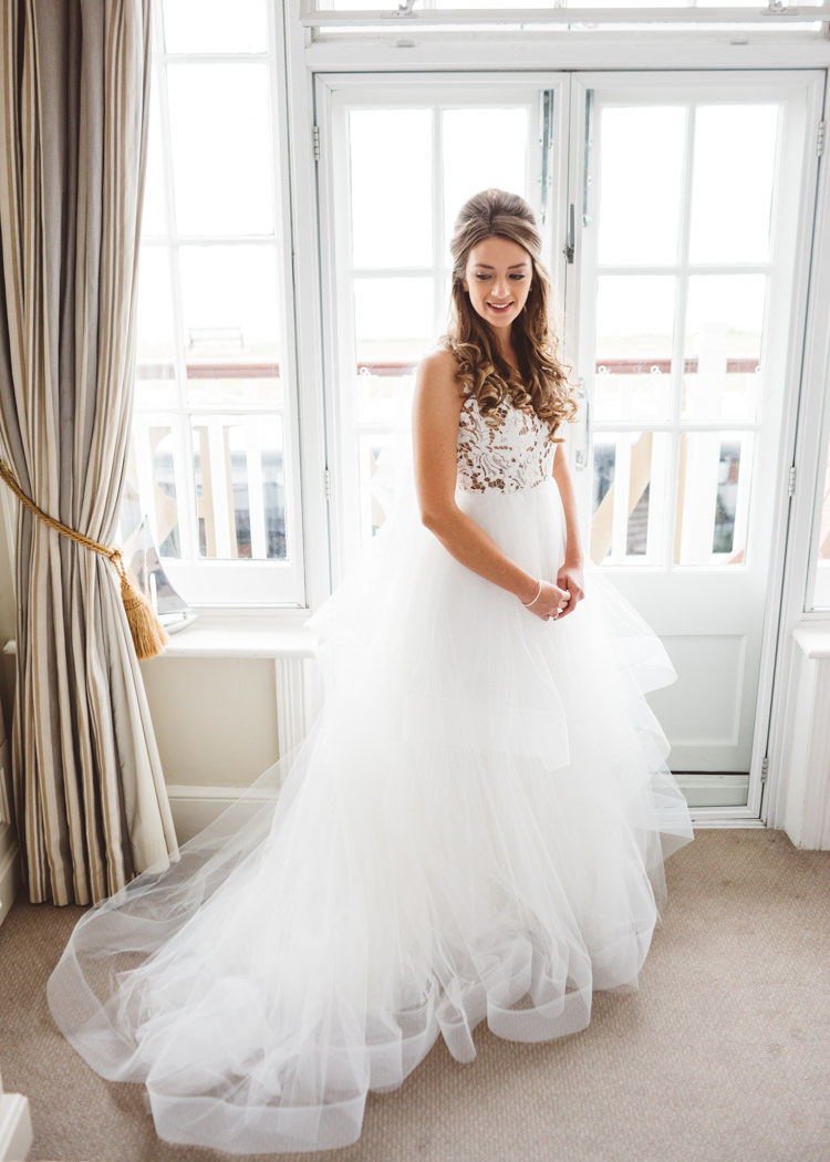Bride Bridal Hayley Paige Dress Gown Tulle Princess Lace Cool Stylish Windy Coastal Wedding East Quay Lobster Shack Whitstable http://holliecarlinphotography.com/