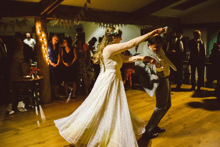 Woodland Organic Farm Shop Wedding Gloucestershire https://www.edgodden.co.uk/