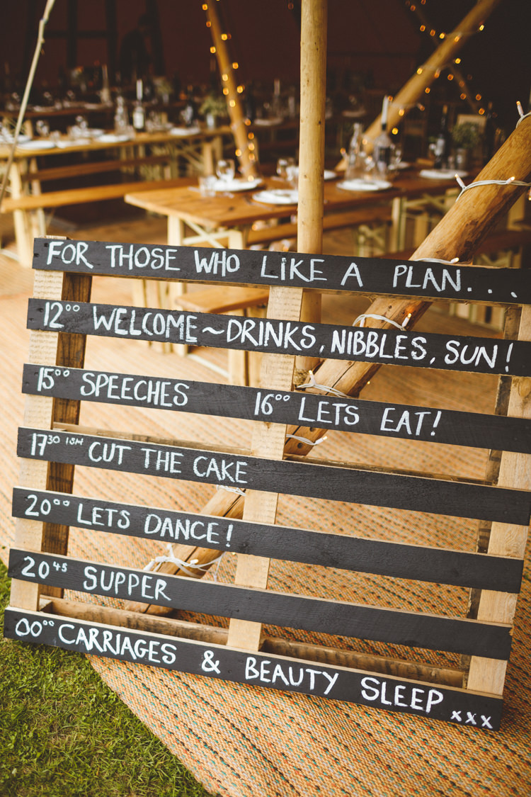 Wooden Pallet Black Chalk Board Sign Order Service Relaxed Country Tipi Yellow Wedding Hampshire https://photography34.co.uk/