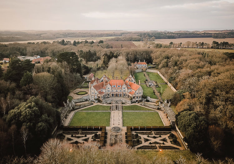 Raucous Artistic Wintry Wedding Voewood Norfolk https://www.luisholden.com/