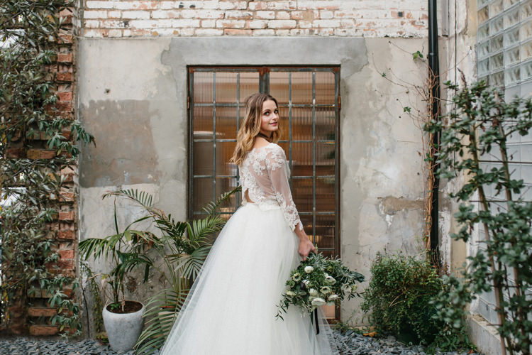 Luxe Industrial Velvet Wedding Ideas https://jessypapasavvaphotography.com/