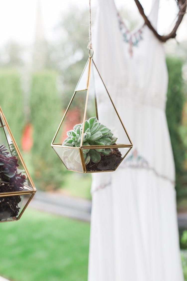 Terrariums Geometric Succulents Hanging Lush Botanical City Roof Garden Wedding Ideas http://jessicadaviesphotography.co.uk/