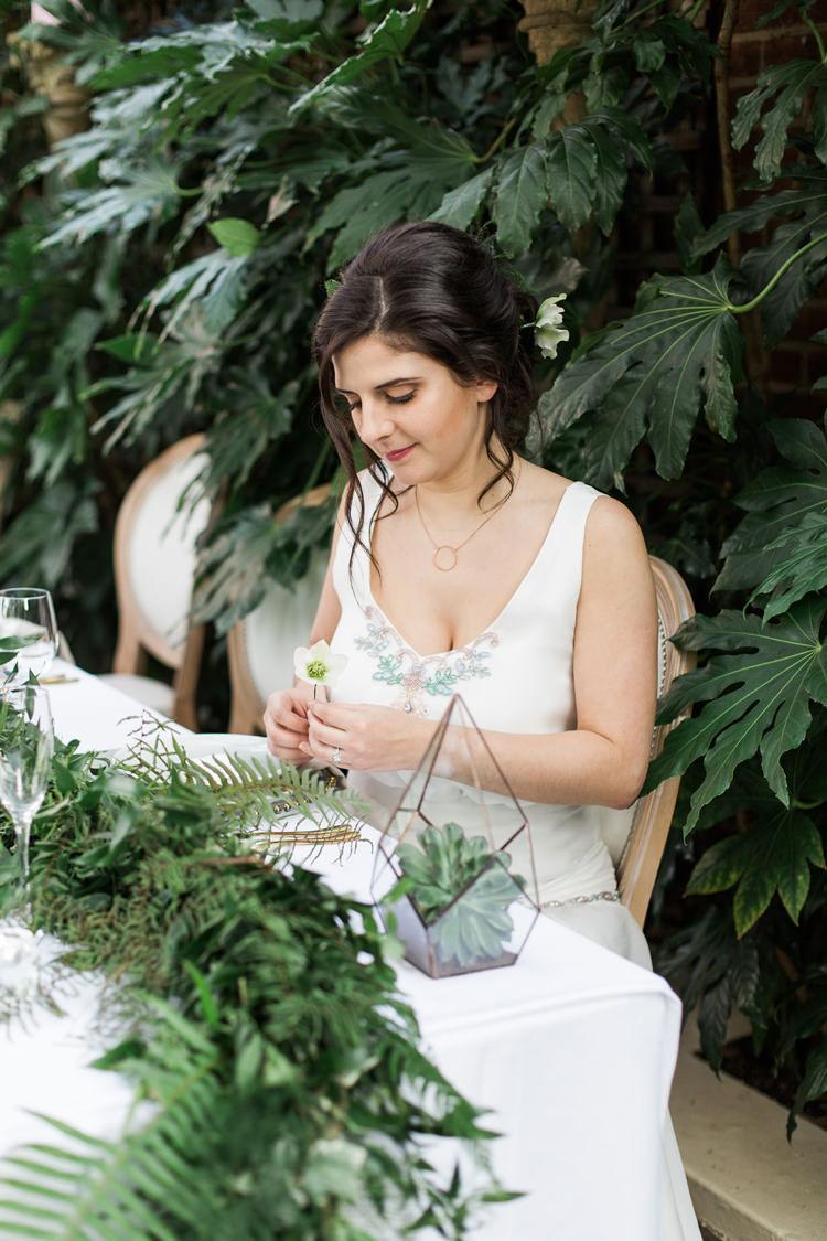 Lush Botanical City Roof Garden Wedding Ideas http://jessicadaviesphotography.co.uk/