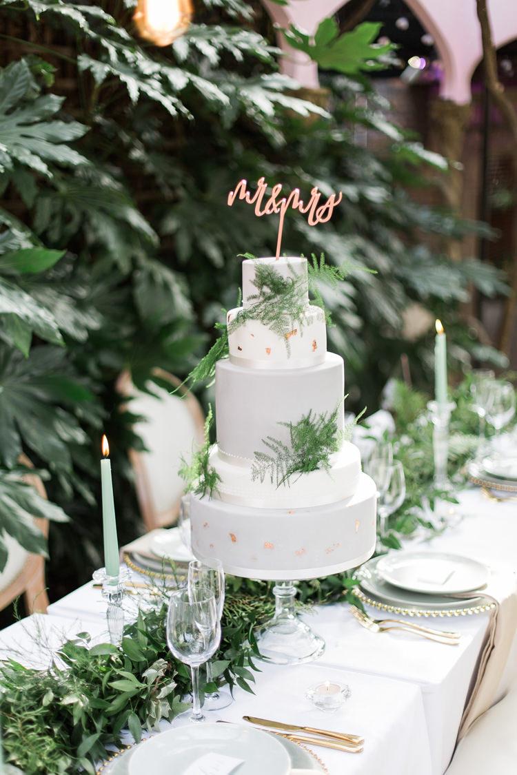 Cake Gold Greenery Copper Lush Botanical City Roof Garden Wedding Ideas http://jessicadaviesphotography.co.uk/