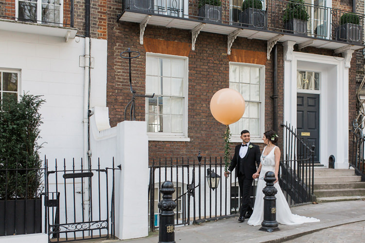 Giant Helium Balloon Peach Lush Botanical City Roof Garden Wedding Ideas http://jessicadaviesphotography.co.uk/