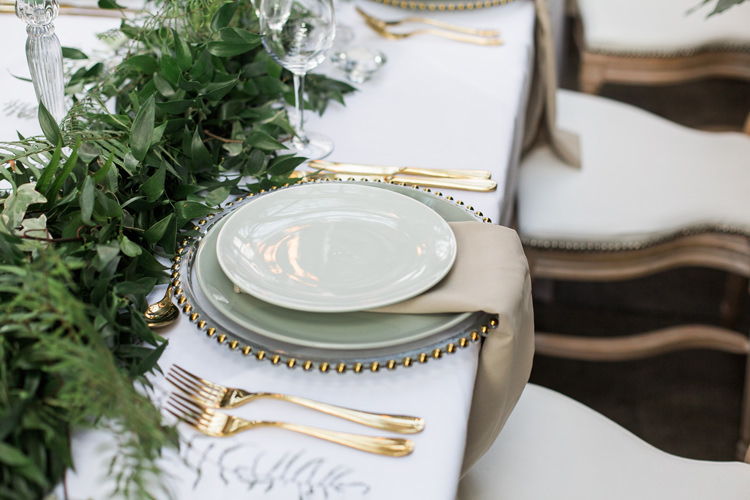 Plates Cargers Gold Green Mint Calligraphy Place Names Lush Botanical City Roof Garden Wedding Ideas http://jessicadaviesphotography.co.uk/