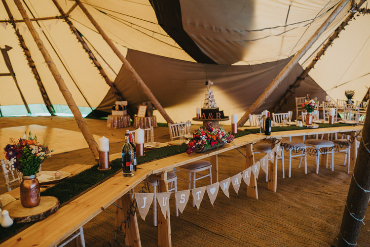 Top Table Moss Grass Runner Bunting Angrove Park Tipi Wedding Yorkshire Bloom Weddings