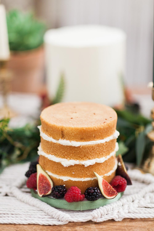 Naked Sponge Cake Layer Botanical Macrame Glass House Wedding Ideas Jo Bradbury Photography