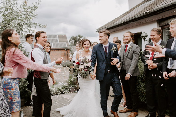 Confetti Throw Botanical Summer Garden Wedding Nottingham Grace Elizabeth Photo & Film