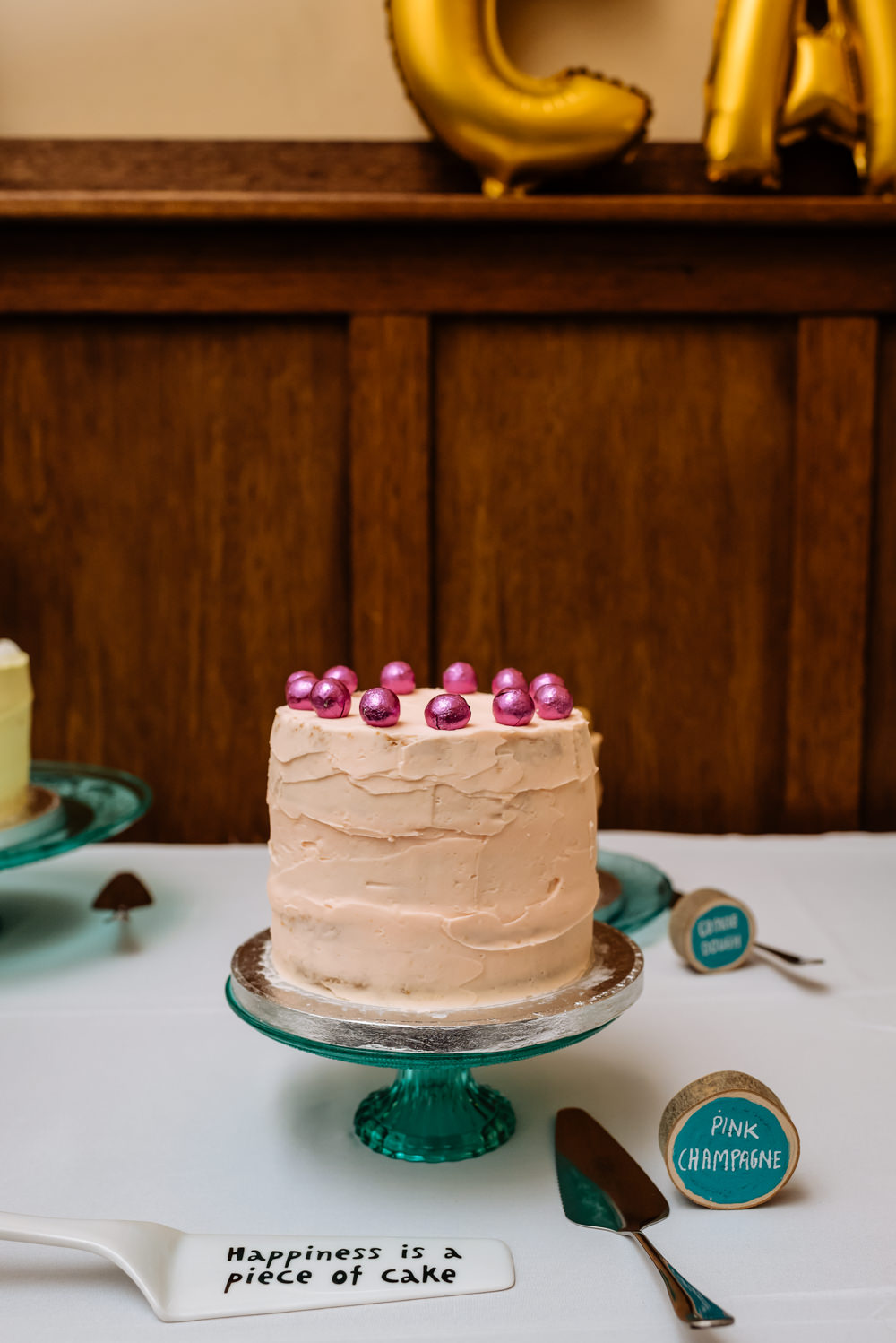 Pink Champagne Buttercream Cake Laid Back Harry Potter Wedding Daffodil Waves Photography