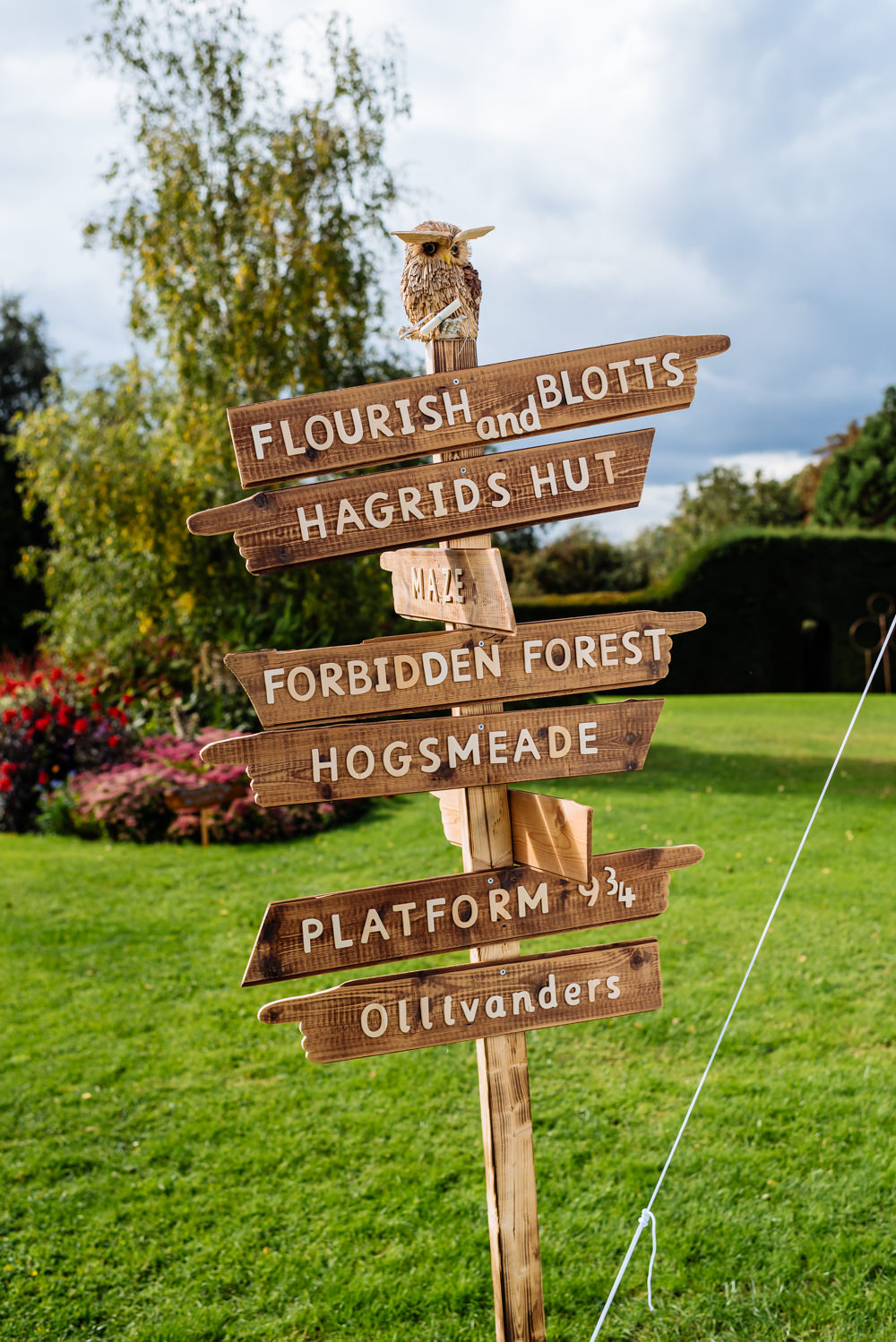 Harry Potter Sign Directions Wooden Post Laid Back Harry Potter Wedding Daffodil Waves Photography