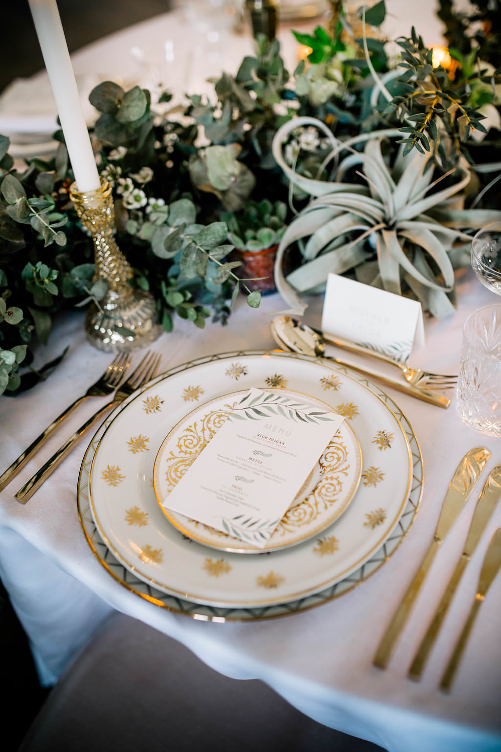 Place Setting Gold Cutlery Plates Lapstone Barn Wedding Ideas Cotswolds Katie Hamilton Photography