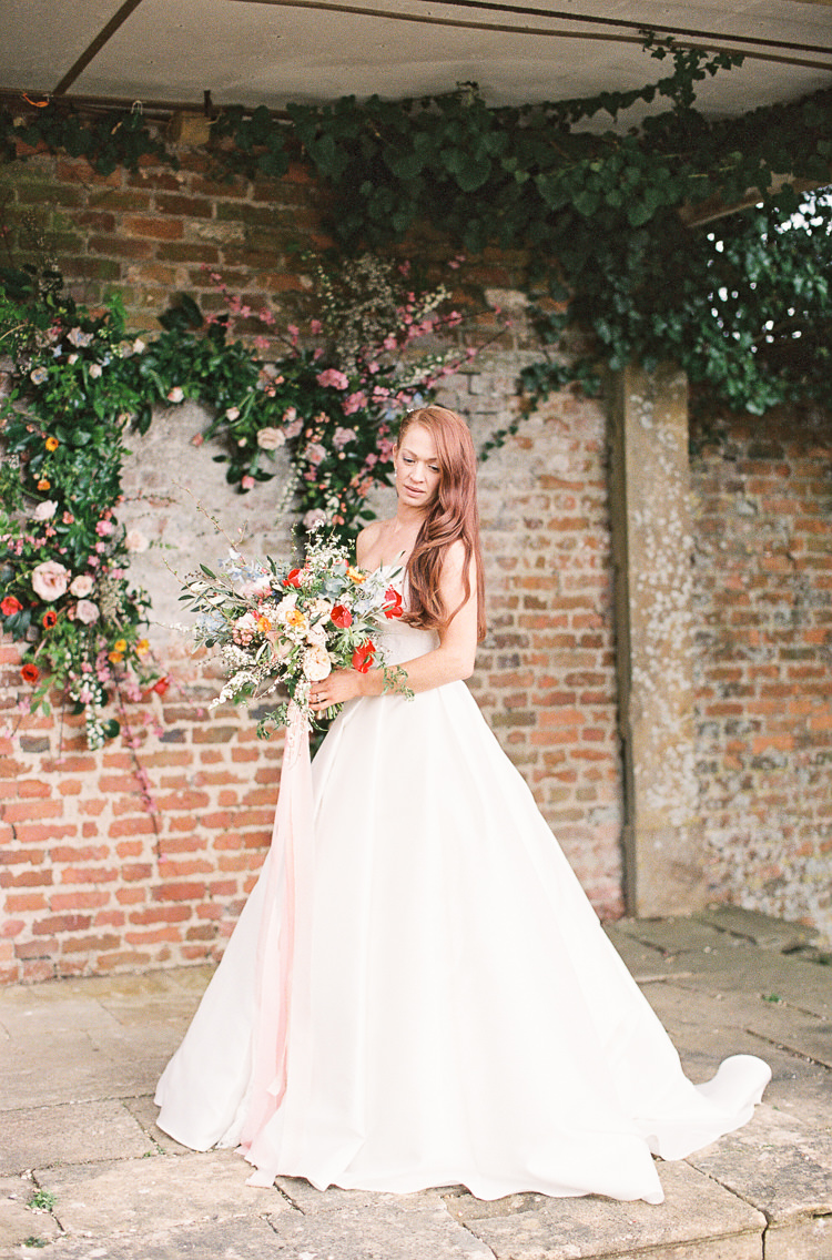 Sassi Holford Dress Gown Bride Bridal Strapless Whimsical Summer Chocolat Wedding Ideas Brympton House Liz Baker Fine Art Photography