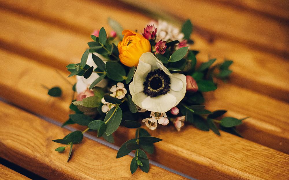 Buttonhole Boutonnière Anemone Foliage Merriscourt Barn Wedding Cotswolds Katie de Silva Photography