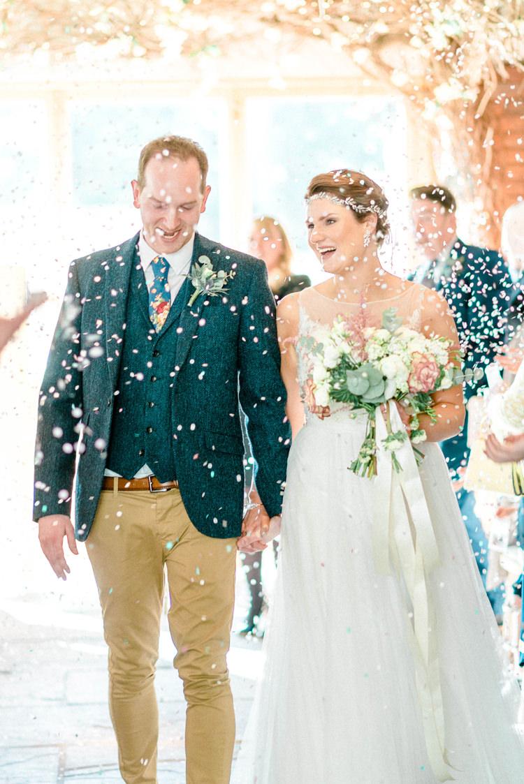 Confetti Throw Newton Hall Wedding Sarah-Jane Ethan Photography