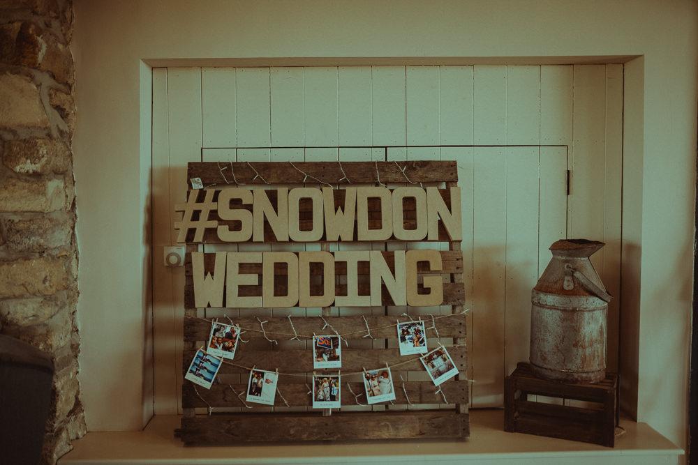 Rustic Wooden Sign Pallet Photos Northside Farm Wedding Belle Art Photography