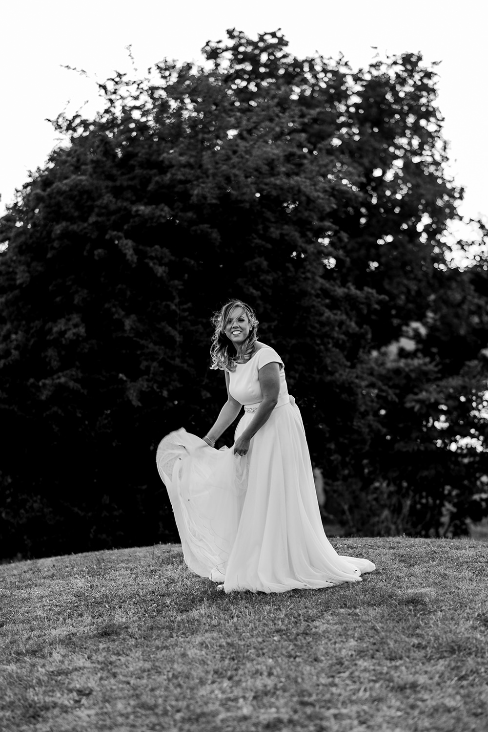 Essense of Australia Dress Gown Bride Bridal Train Boat Neck Tulle Belt Blithfield Lakeside Barns Wedding Daniel McClane Photography