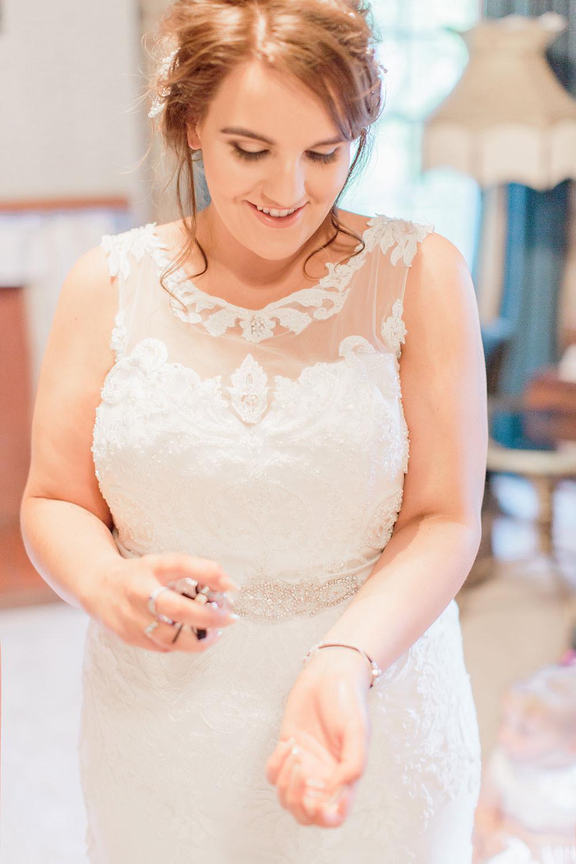 Purfume Bride Bridal Prep Marsala Gold Wedding Carn Patrick Photography