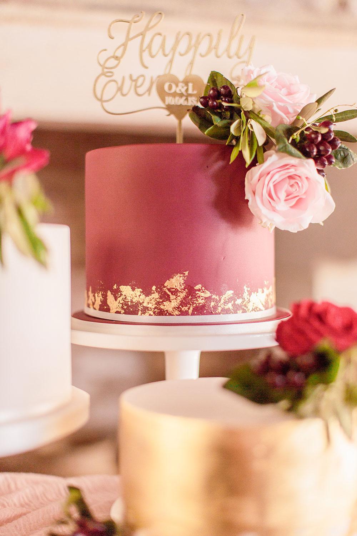 Plum Burgundy Red Cakes Metallic Floral Silk Table Cloth Pink Marsala Gold Wedding Carn Patrick Photography