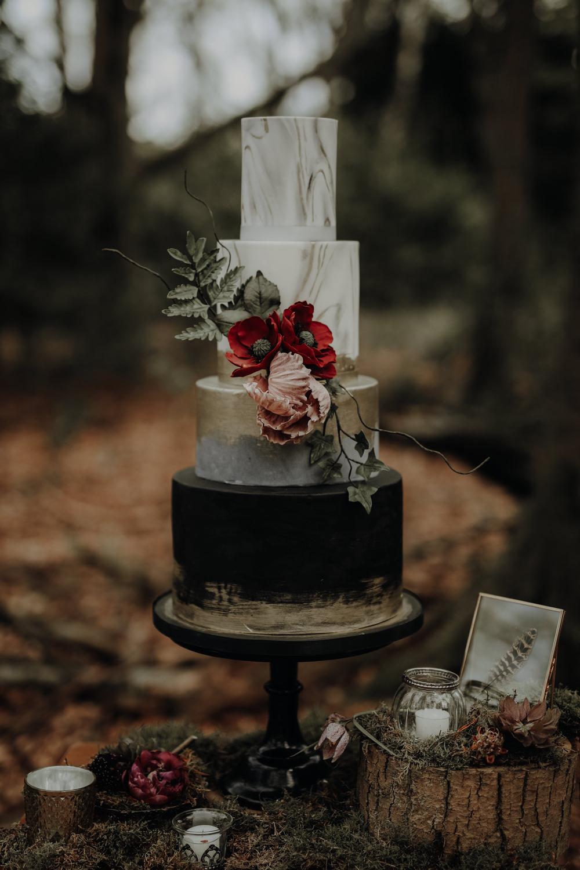 Cake Marble Gold Black Metallic Flowers Modern Gothic Woods Wedding Ideas Ayelle Photography
