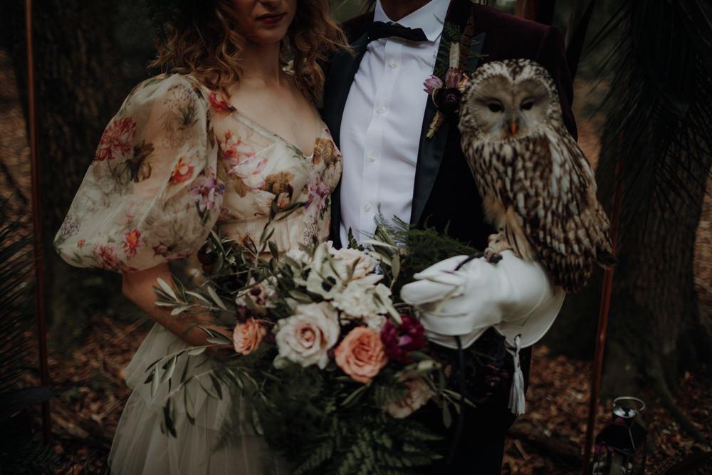 Bouquet Wild Large Bride Bridal Fern Foliage Rose Greenery Modern Gothic Woods Wedding Ideas Ayelle Photography