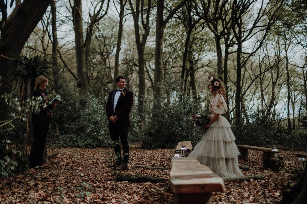 Modern Gothic Woods Wedding Ideas Ayelle Photography