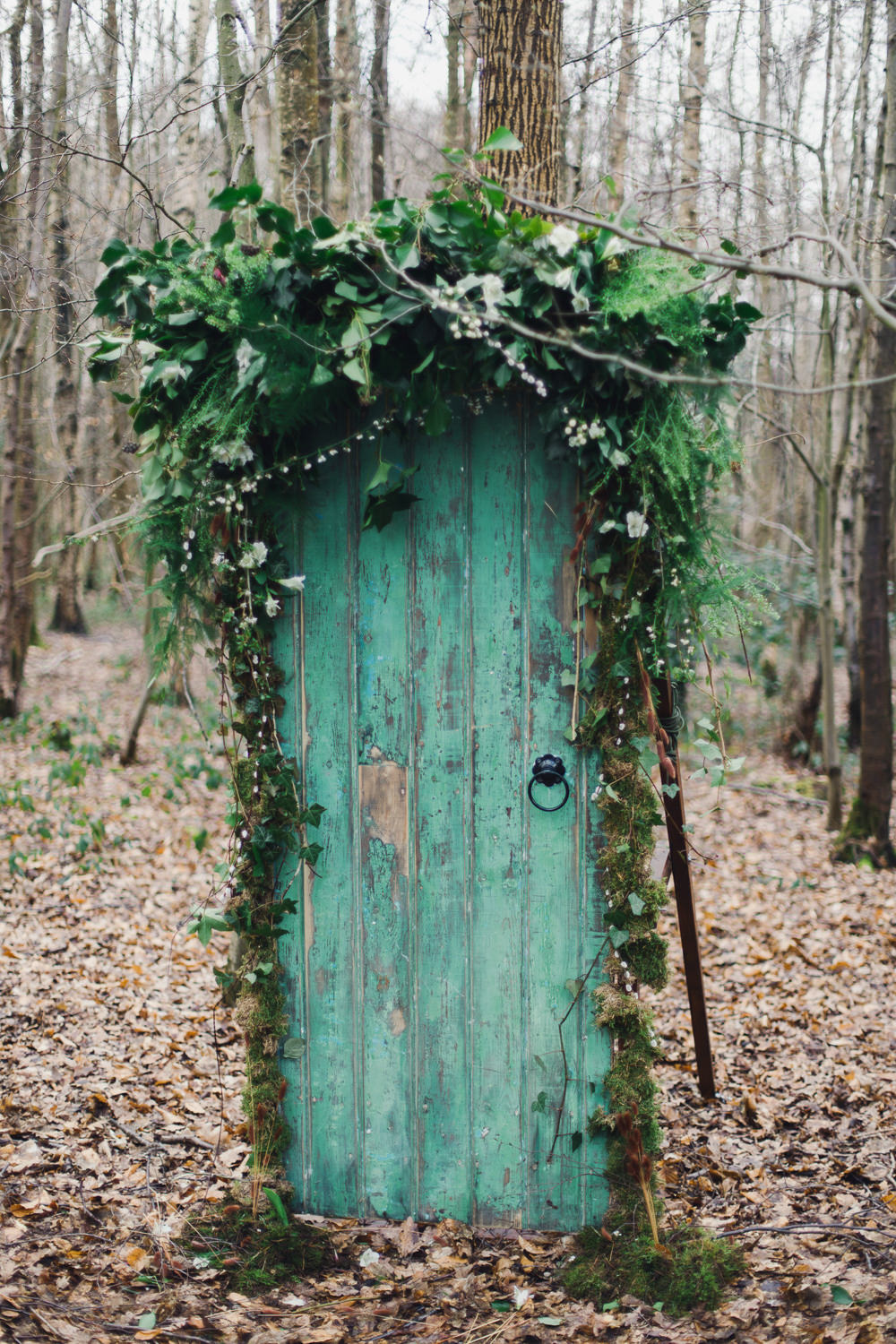 Antique Door Emerald Green Vintage Distressed Greenery Foliage Decor Nordic Woodland Elopement Wedding Ideas Nina Wernicke Photography