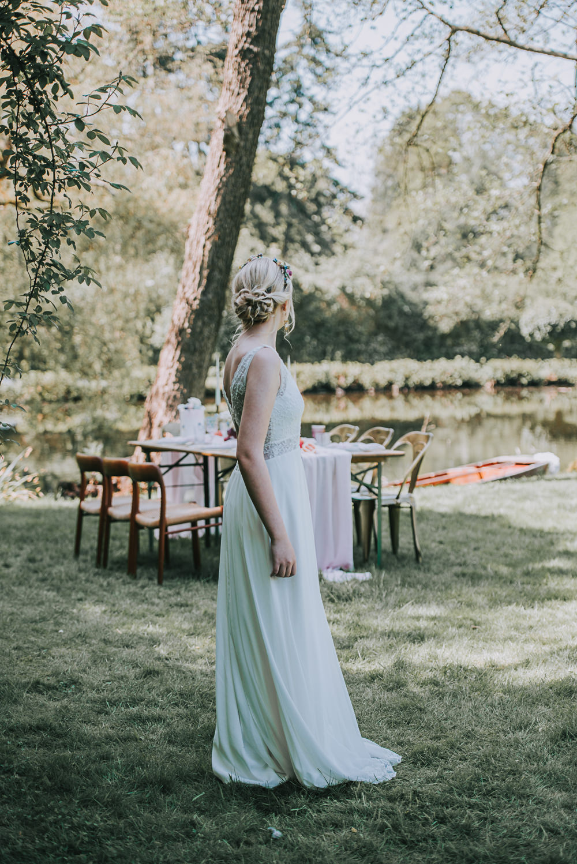 River Romance Wedding Ideas Mindy Coe Photography