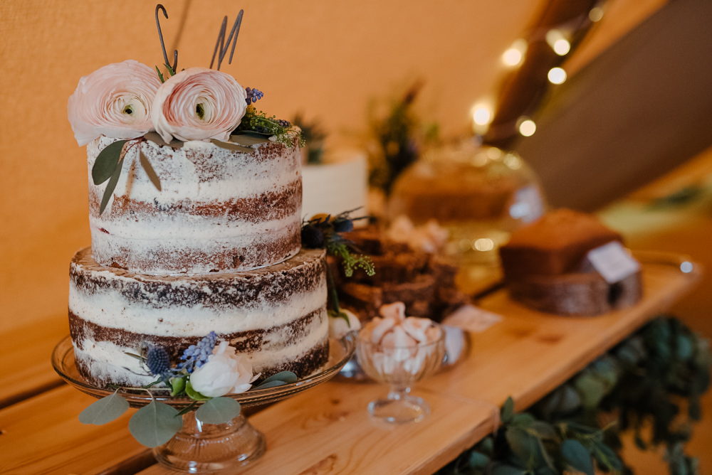 Outdoor Farm Field Marquee Tablescape Decor Semi Naked Cake Fresh Flowers | Rustic and Relaxed Spring Tipi Wedding Inbetween Days Photography