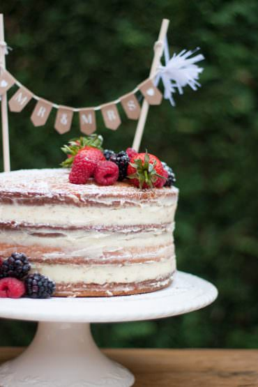 DIY Naked Cake Wedding Tutorial
