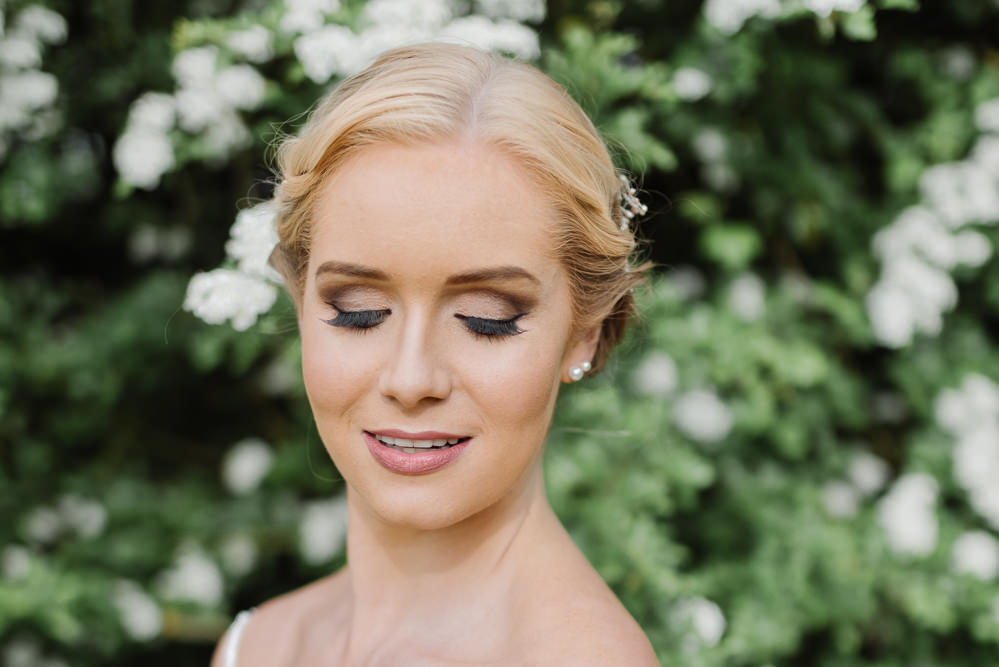 Make Up Beauty Bride Bridal Smokey Eye Grey Violet Wedding Ideas Chloe Ely Photography