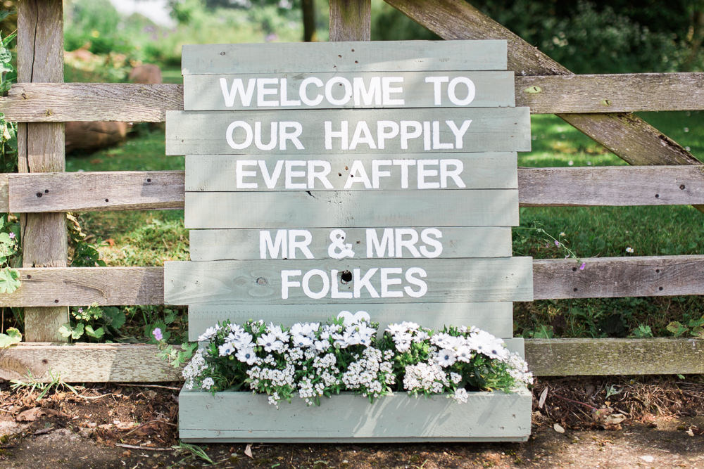 Welcome Sign Handpainted Sage Flower Trough Moreves Barn Wedding Gemma Giorgio Photography