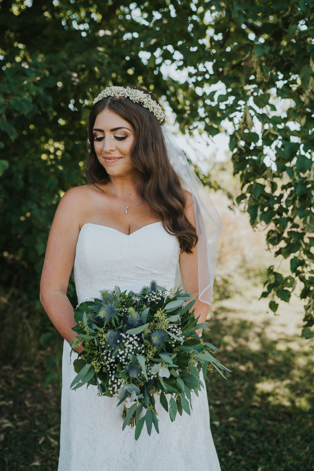 Intimate Outdoor Natural Relaxed Laid Back Summer Bride Greenery Foliage Bouquet Veil | Prested Hall Wedding Grace Elizabeth Photography