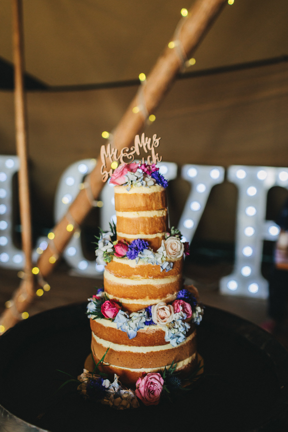 Naked Cake Flowers Floral Wooden Laser Cut Topper Bach Wen Farm Wedding Jessica O'Shaughnessy Photography