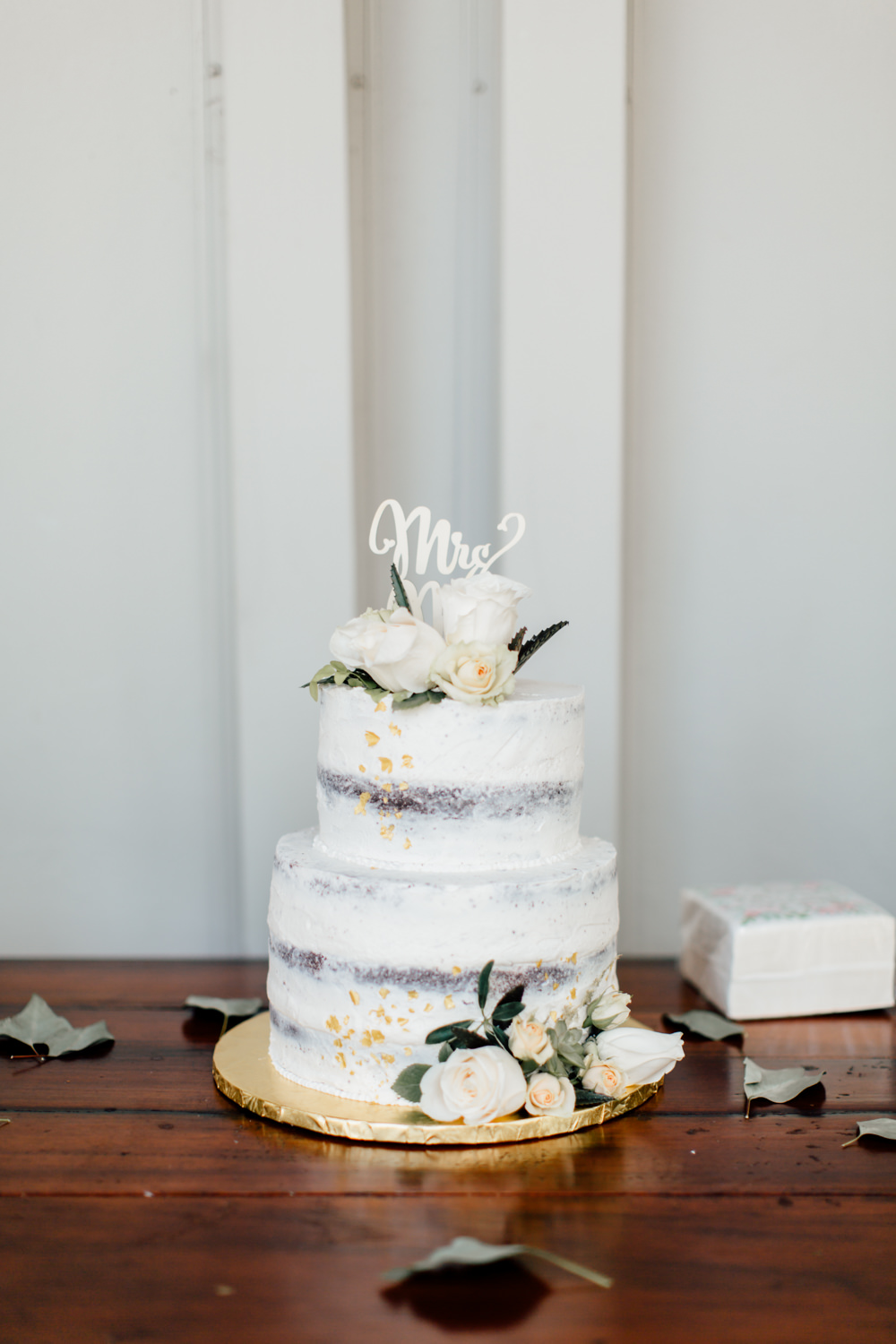 Semi Naked Cake Flowers Laser Cut Topper Emotional Outdoor Wedding Laura Memory Photography